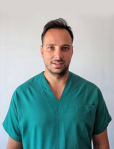 Φοίβος Αρβανίτης - Φυσιοθεραπευτής